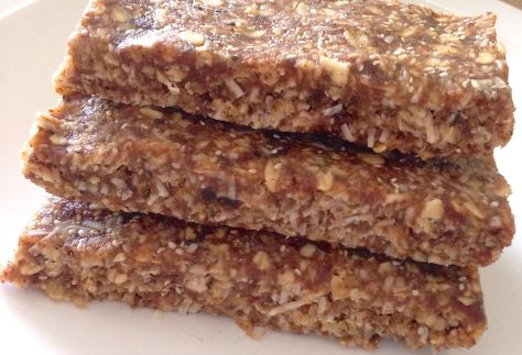 Organic Oatmeal, Almond, Date Bars with Chia Seeds